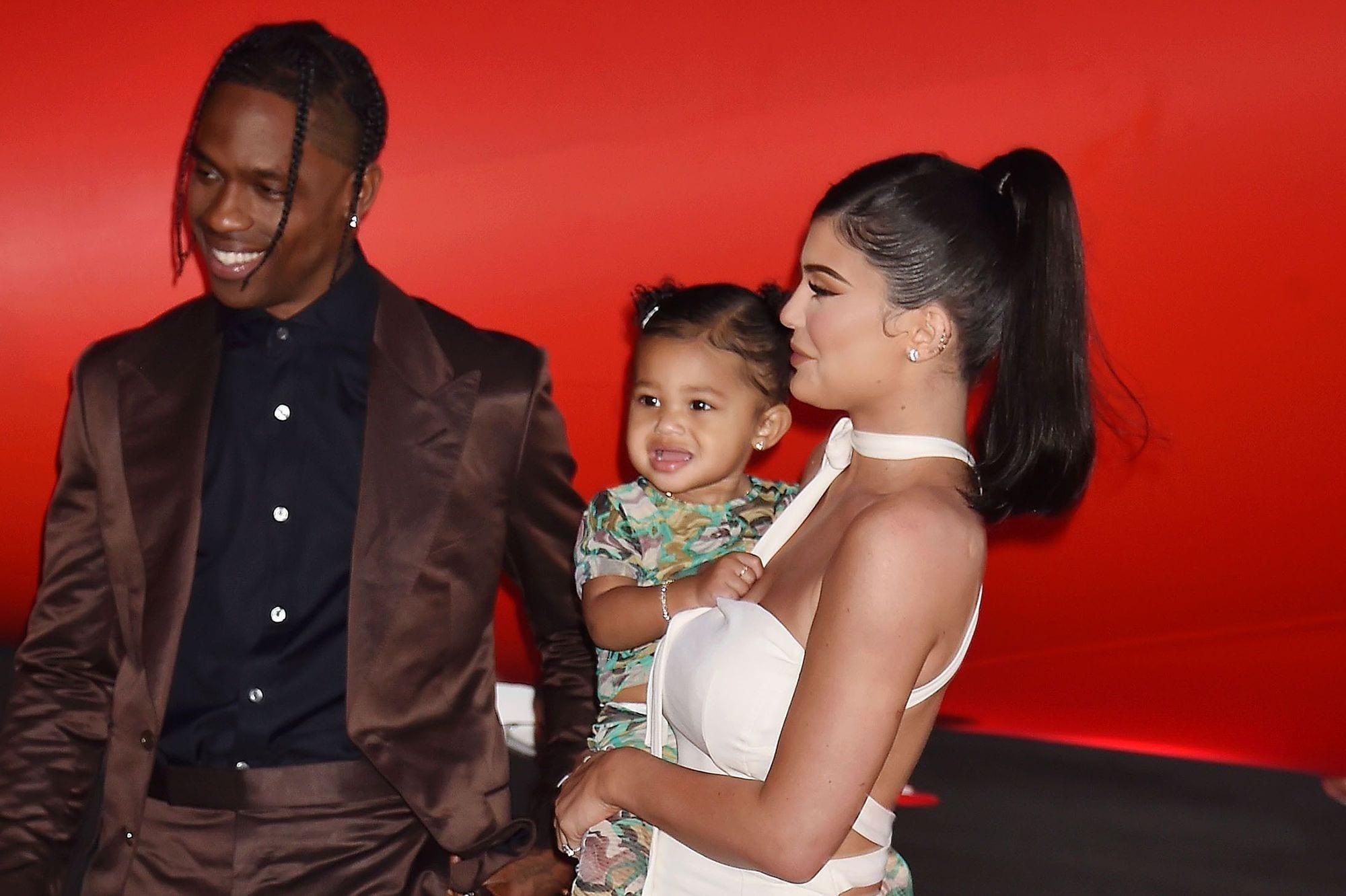 Kylie Jenner et Travis Scott seraient toujours secrètement en couple