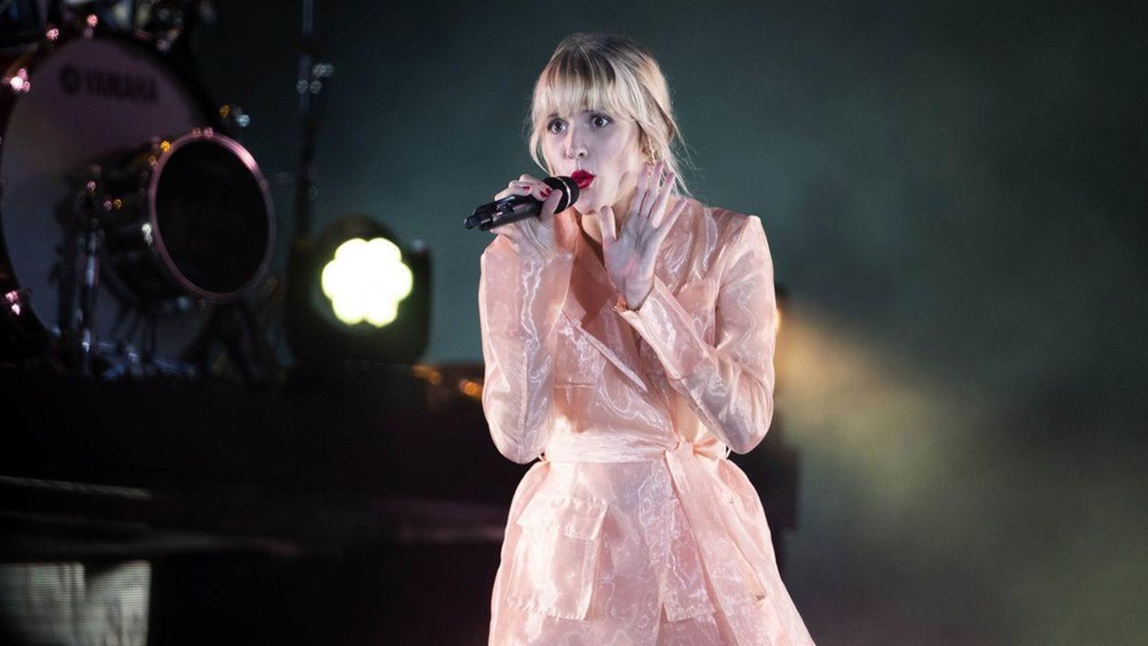 La chanteuse Angèle en tête des ventes en France en 2019