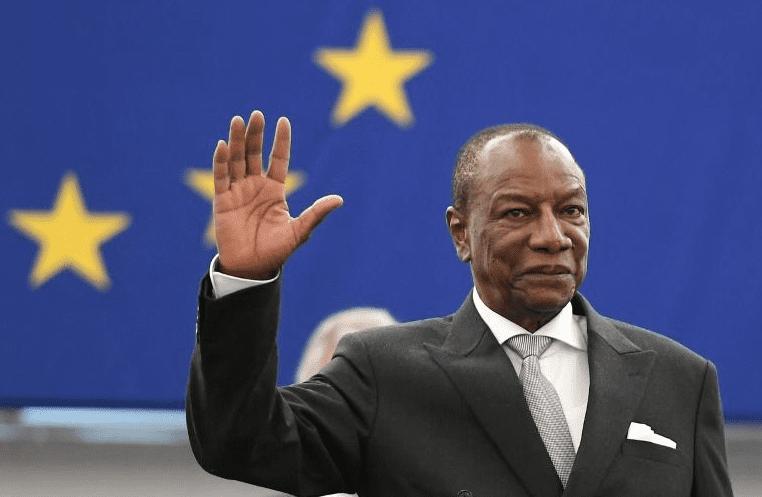 """Le président guinéen à ses détracteurs: """"Personne ne dicte à la Guinée ce qu'elle doit faire""""."""