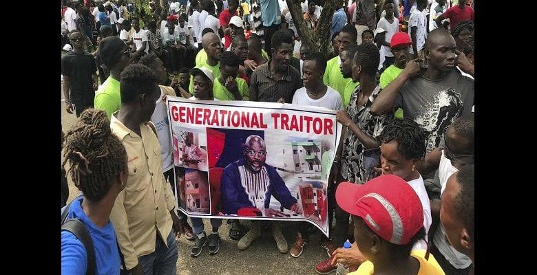 Liberia : des milliers de personnes manifestent contre George Weah