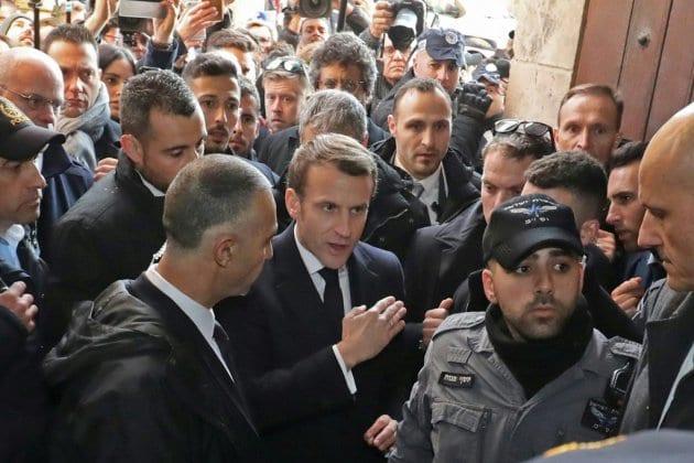 """Macron recadre un policier: """"Je n'aime pas ce que vous avez fait devant moi"""" (vidéo)"""