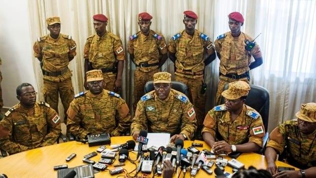 Les auteurs du putsch au Burkina sont condamnés à payer plus de 900 millions