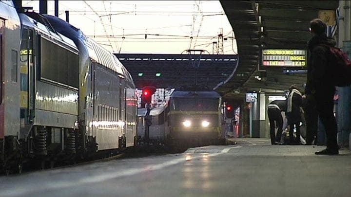 """Pays-Bas: Des Passagers Paniquent Après Avoir Entendu """"Allahu Akbar"""" Dans Un Train"""
