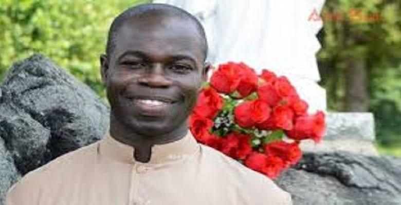 Réforme du FCFA: un prêtre Sénégalais désavoue Alassane Ouattara