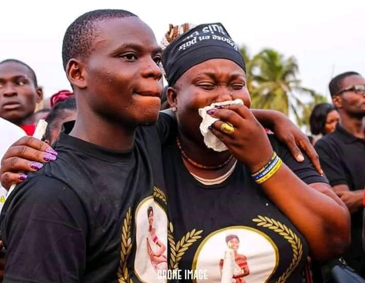 Togo: en images, la triste inhumation de Miss Darina Wilson froidement assassinée à Baguida