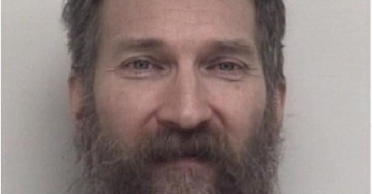 Un homme est accusé d'avoir tué un autre homme et d'avoir mangé ses parties intimes.