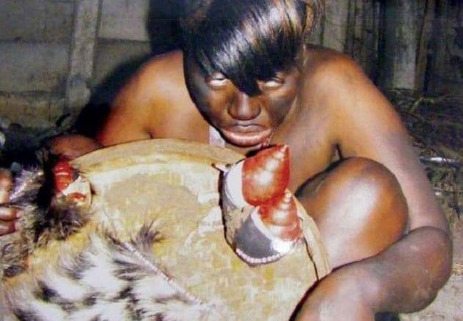 Une sorcière de 98 ans avoue avoir mangé près de 70 personnes et révèle des atrocités choquantes