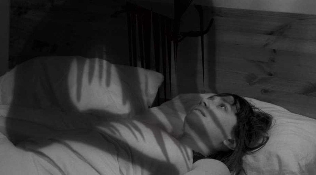 Voici pourquoi vous vous réveillez la nuit sans pouvoir bouger