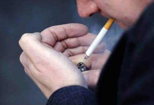 La cigarette rétrécit le pénis disent les experts