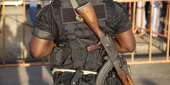 Côte d'Ivoire : Des militaires braquent dans un hôtel et se font arrêter