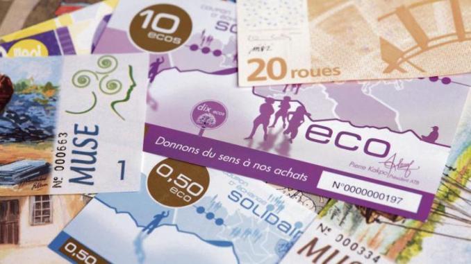 Pour le gouverneur Dacoury, la décision soudaine par rapport à l'Eco s'avère suspecte
