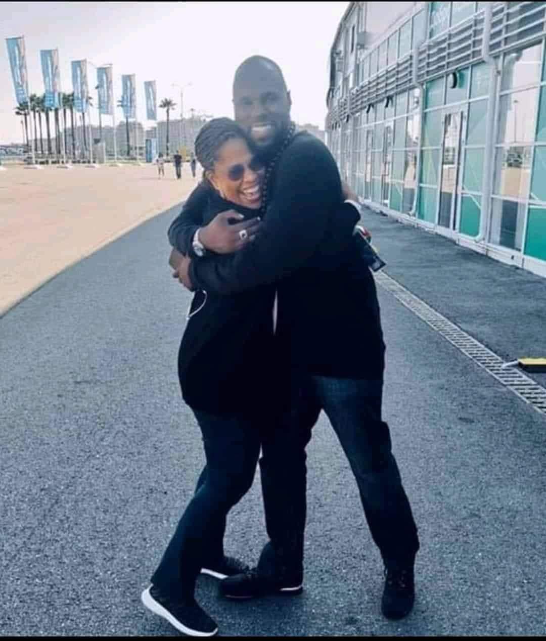 Nathalie Yamb défend Kémi Séba et s'en prend encore à la France et au Mali