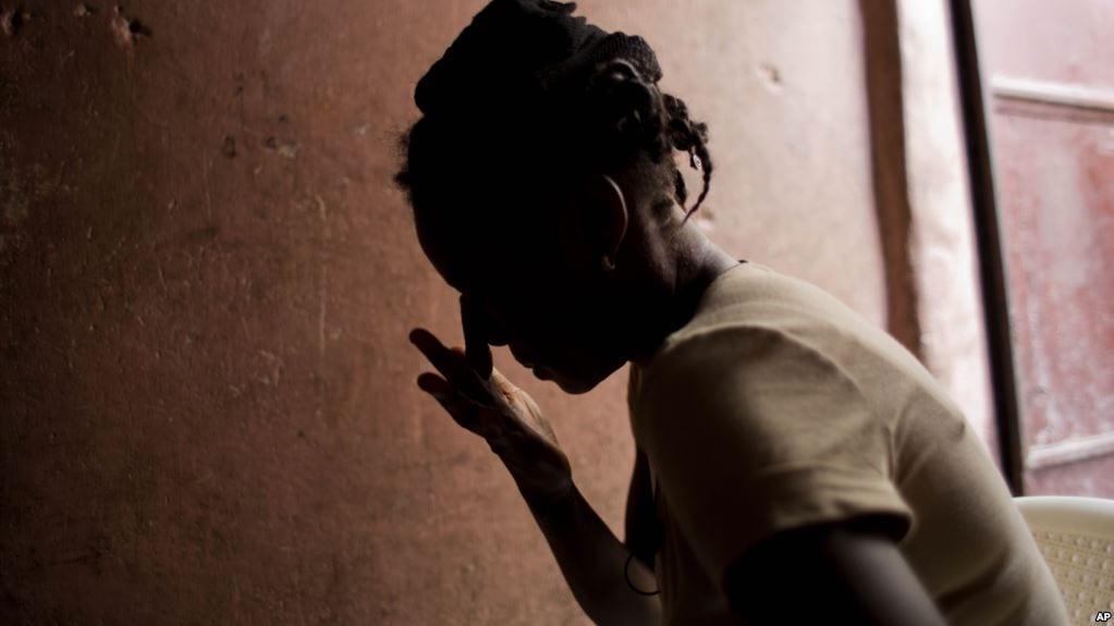 Nigéria : Un jeune de 18 ans arrêté pour avoir  violé sa grand-mère