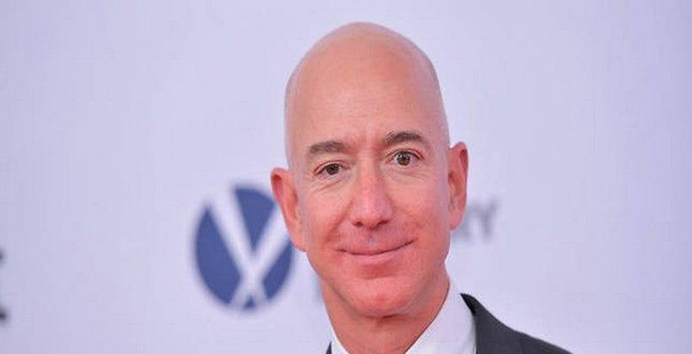 Le PDG d'Amazone gagne 12 milliards d'euros en 15 minutes