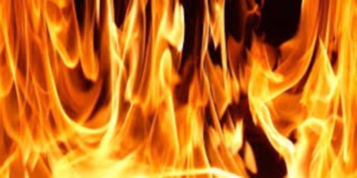 Barbarie en Afrique : un enfant brûlé vif pour avoir tenté de voler de la farine de manioc (Images insoutenables)