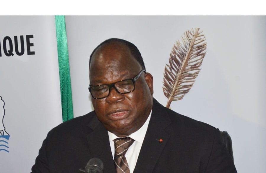 Côte d'Ivoire – Le ministre Tchagba Laurent frappé par un double malheur : il perd deux enfants en l'espace d'une semaine.
