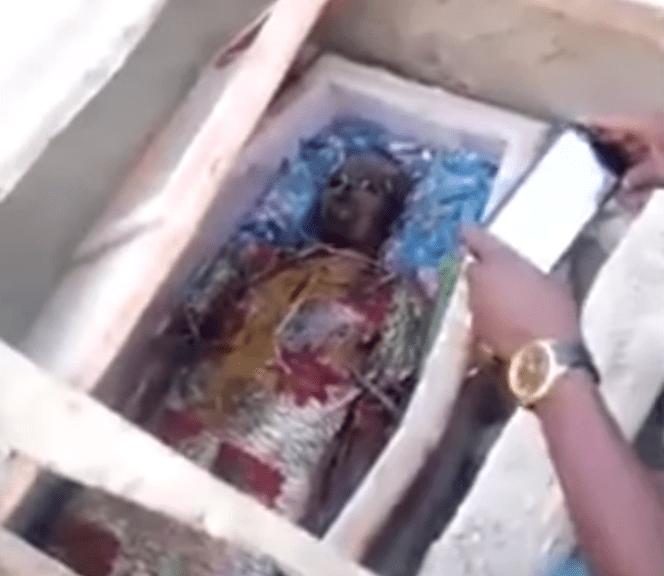 Côte d'Ivoire : Un homme retrouvé intact 3 mois après son inhumation (VIDÉO)