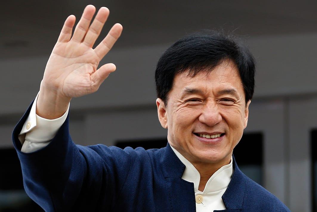 Coronavirus : un Français atteint du virus après avoir vu un film de Jackie Chan