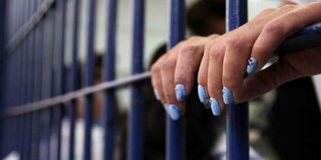 Des filles révèlent qu'elles préfèrent vivre dans une prison en France que d'être libre en Afrique