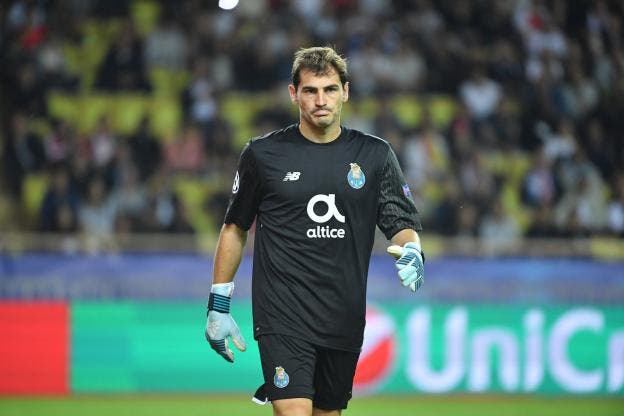 Football : Iker Casillas met un terme à sa carrière