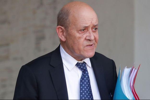 France : Début du procès de l'escroquerie au «faux Le Drian»