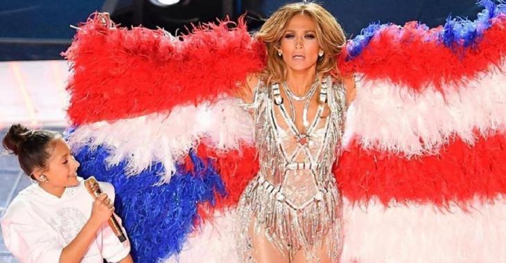 La fille de Jennifer Lopez vole la vedette lors du spectacle de la mi-temps du Super Bowl