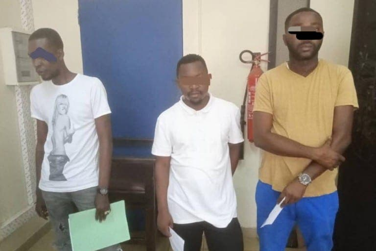 La police démantèle un réseau de faussaires au Plateau