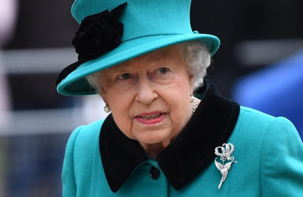 Royaume-Uni : la reine Elizabeth II pourrait céder le trône