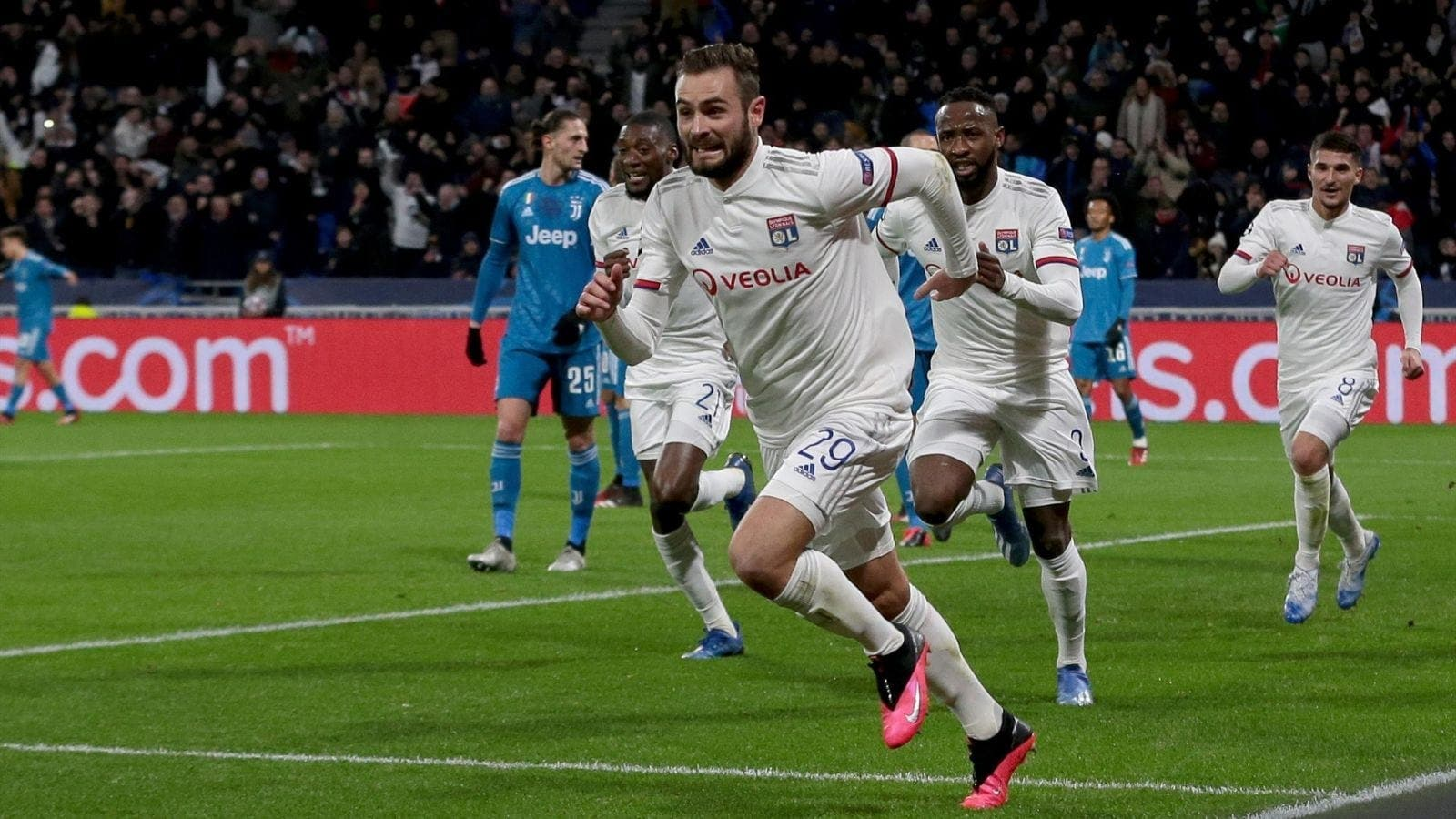 Ligue des Champions: Lyon s'offre une Veille Dame (vidéo)