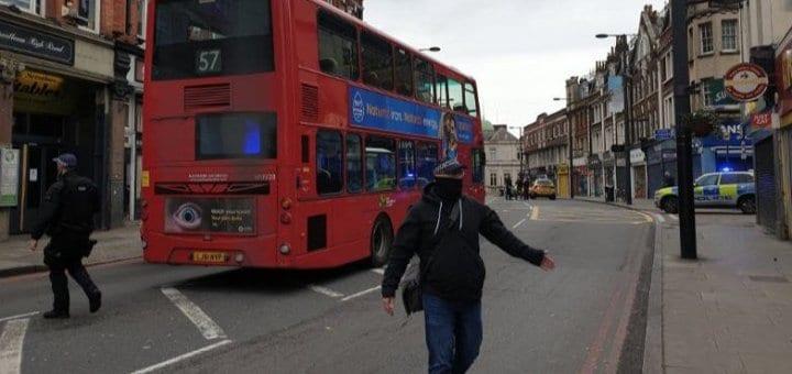 Londres: un terroriste musulman éliminé après avoir poignardé plusieurs personnes