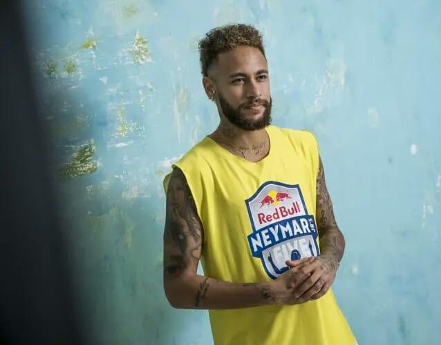 Neymar dévoile son top 5 des meilleurs joueurs du monde