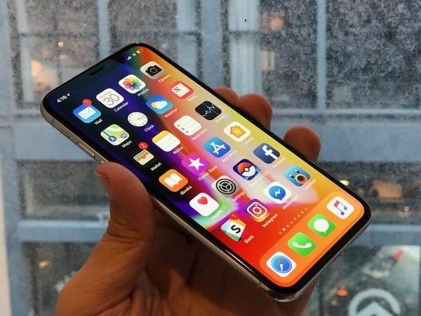 Cameroun : la taxe sur les téléphones portables suscite de vives polémiques