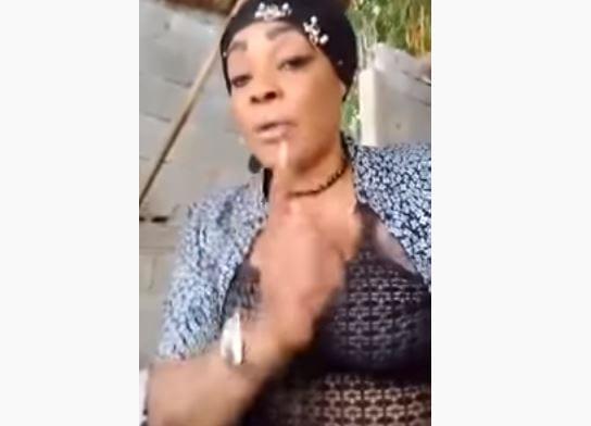 """Tina Glamour, mère de DJ Arafat : """"KONG, le dernier clip de mon fils est NUL"""""""
