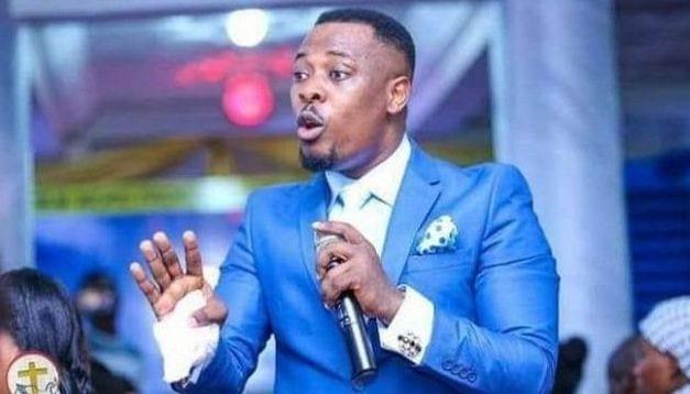 """Un pasteur du Ghana prétend avoir reçu un """"ordre"""" de Dieu pour ramener la vie Kobe Bryant"""