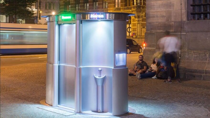 France: apparition d'une nouvelle toilette urbaine high- tech