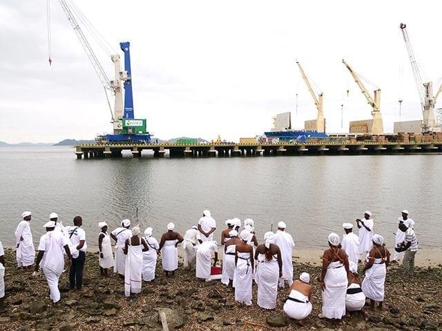 Gabon: La princesse Marie Anne Ankombie suspend toute activité maritime pour les rituels