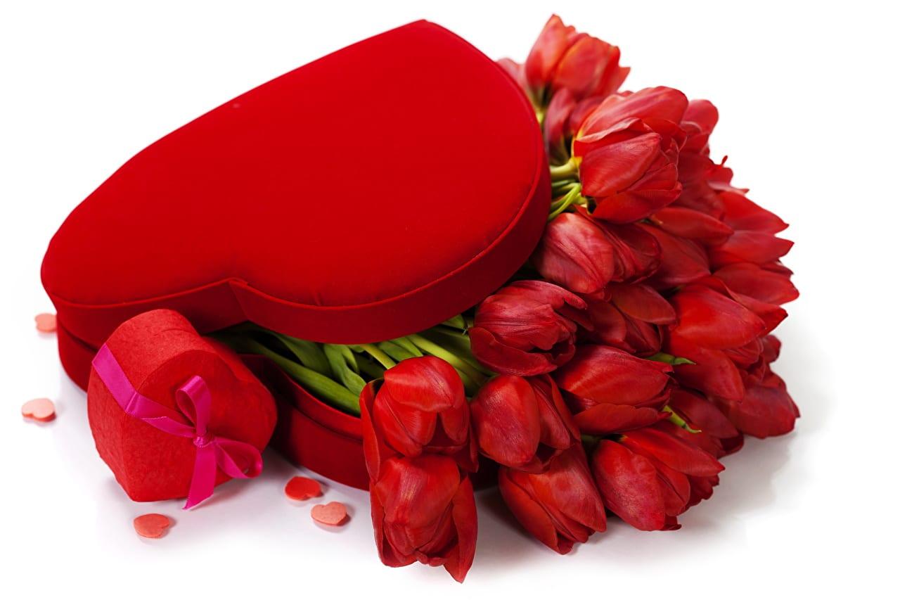 La saint valentin: Plus qu'une fête ; un commerce juteux.