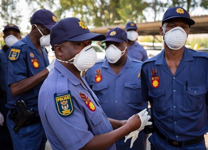 Coronavirus/Afrique du Sud : deux contaminés sont poursuivis en justice