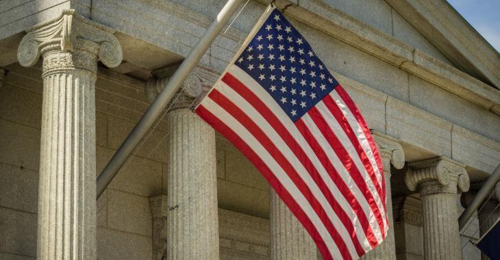 COVID-19: Plus de 100 morts aux États-Unis en l'espace de 24 heures