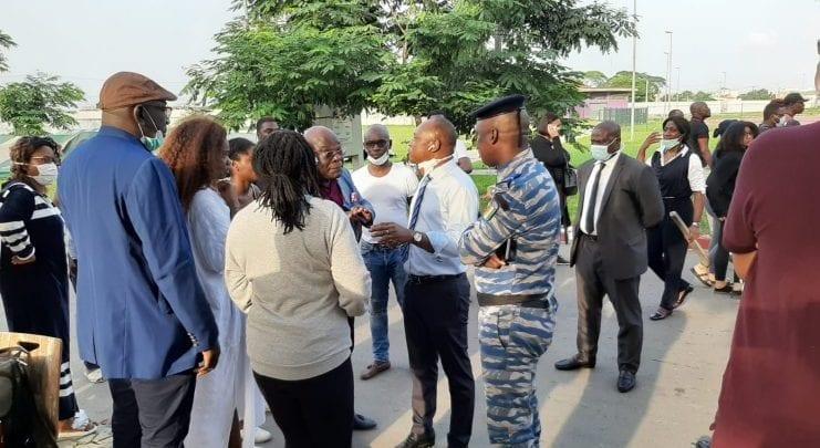 Côte d'Ivoire: des voyageurs étrangers confinés à l'INJS revendiquent de meilleures conditions