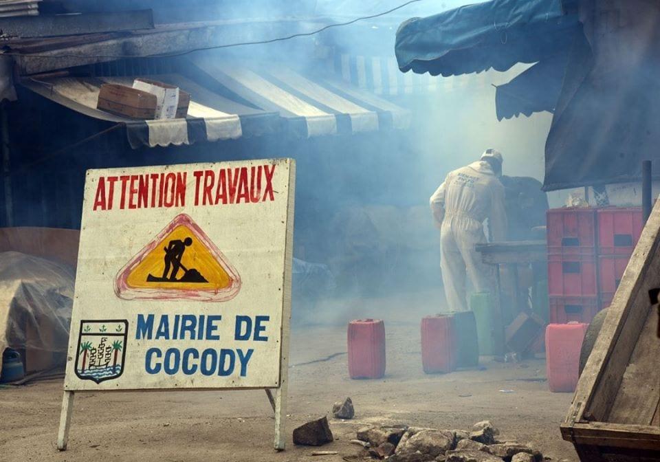Coronavirus à Cocody : Jean Marc Yacé désinfecte les marchés