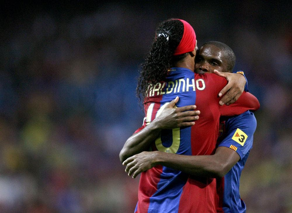 Ronaldinho reçoit le soutien de Samuel Eto'o en prison