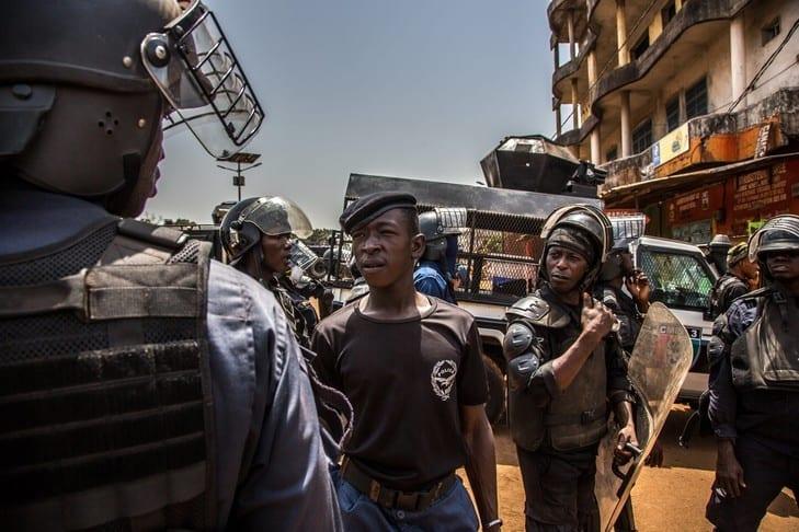 Guinée : Alpha Condé devient fou et profite de la pandémie de Coronavirus pour organiser son Référendum