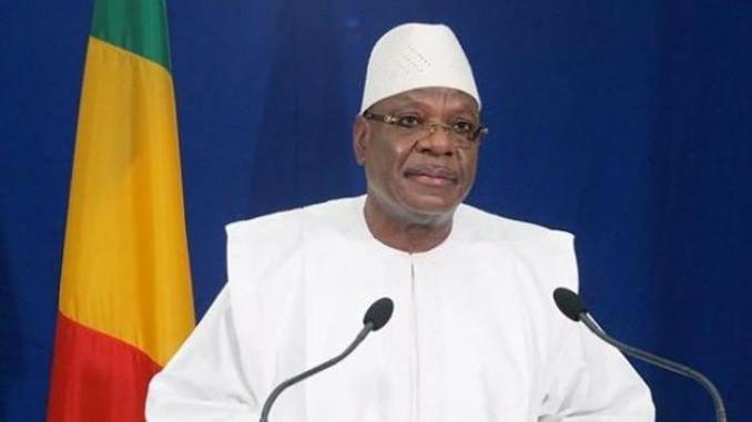 Mali : le président IBK fond en larmes après son vote dimanche