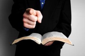 Covid-19 : «Je vais maudire chaque fidèle qui ne fera pas d'offrande à l'éternel», dixit un pasteur