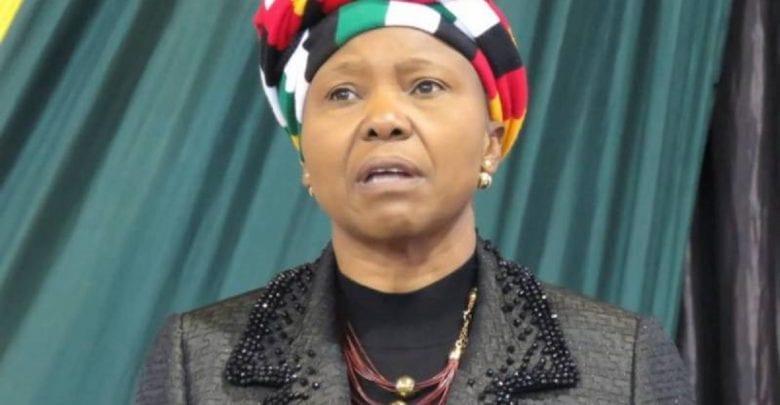 Le coronavirus est une punition divine pour l'occident selon une ministre zimbabwéenne