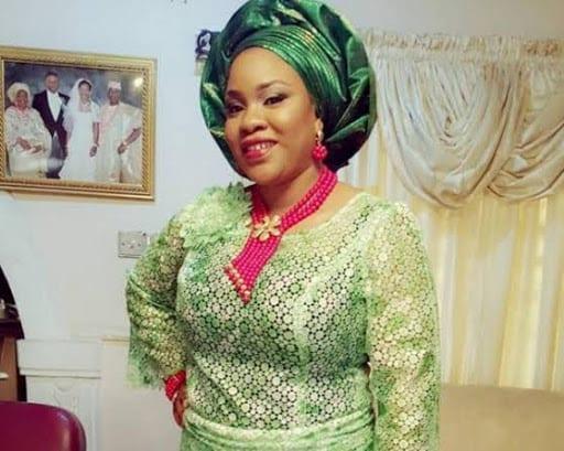 Une actrice nigériane désire que les dirigeants corrompus meurent du coronavirus
