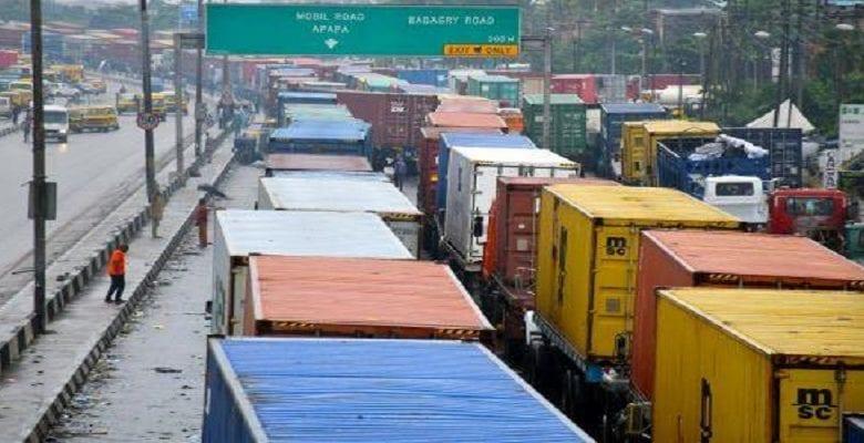 Nigeria: des véhicules passent entre 2 à 6 jours pour parcourir 5 km