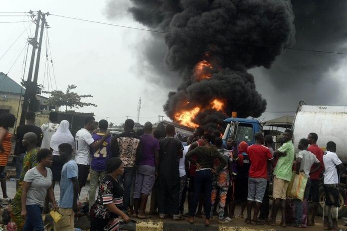 Nigeria : explosion d'un oléoduc à Lagos