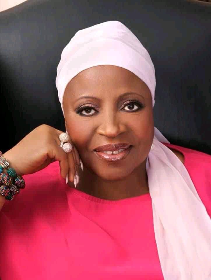 La mère du président Ali Bongo demande à son grand frère de laisser son fils tranquille